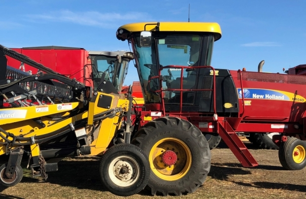 2013 New Holland H8040 Windrower with 36' Honey Bee Header