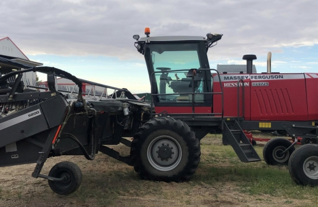 Massey Ferguson WR9725 Windrower 36' Header