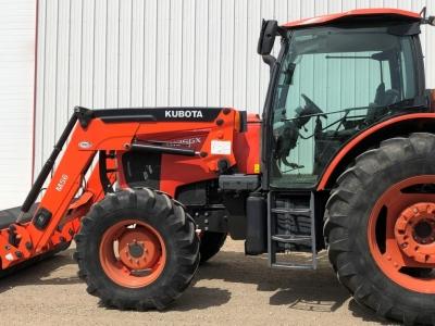 Kubota M135GX Tractor