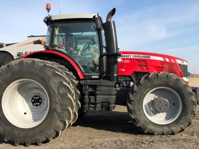 2016 Massey Ferguson 8730 Tractor
