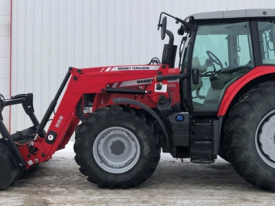 2016 Massey Ferguson 6615 Tractor w/FEL and Grapple