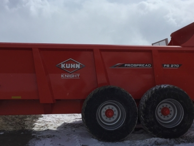 2018 Kuhn PS 270 Rear Discharge Manure Spreader