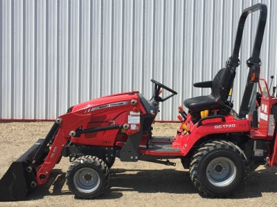 2018 Massey Ferguson GC 1720 Tractor/Loader/Backhoe