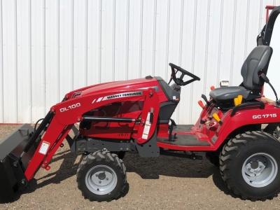 2017 Massey Ferguson 1715 Tractor