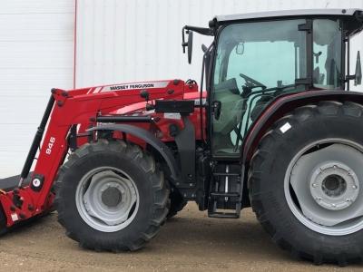2017 Massey Ferguson 6712 Tractor