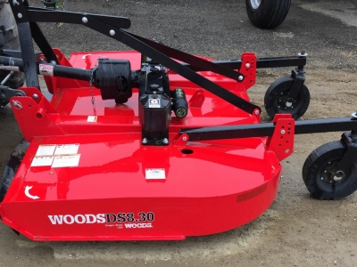 2018 Woods DS 8.30 Pull Type 8\' Rotary Cutter