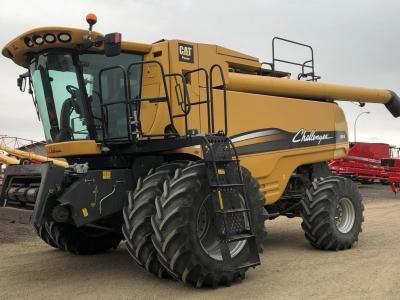 2009 Challenger 680B Combine