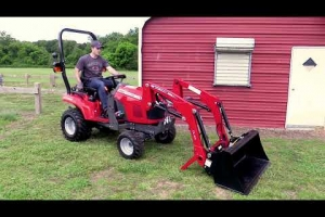 Massey Ferguson GC1700 Series Tractors with DL95 Loader