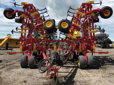 2019 Bourgault 9500 60\' Chisel Plow
